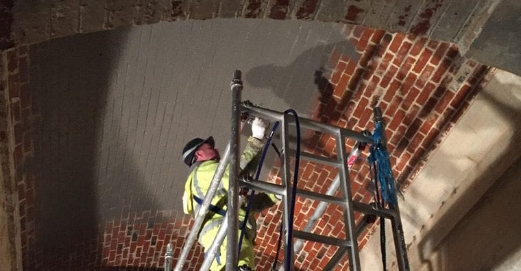 Waterproofing brick roof with Maxcrete 400
